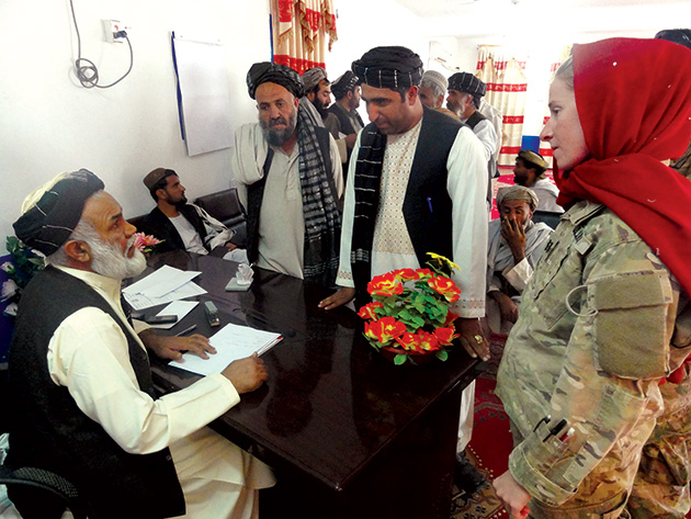 Janzti-meeting-with-locals