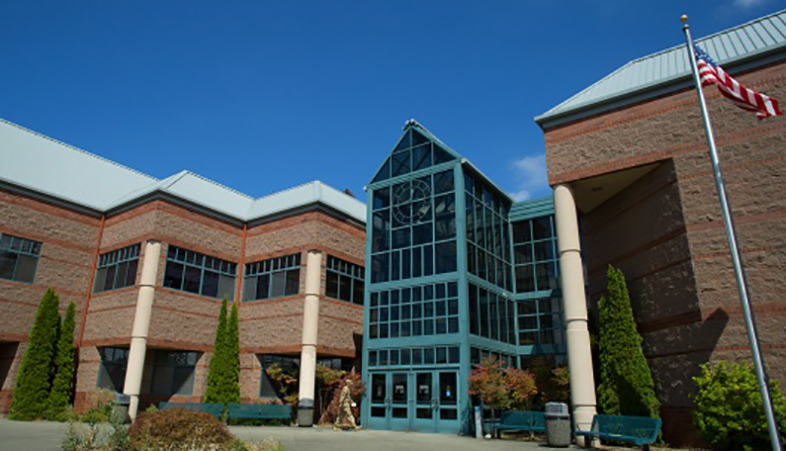 The David L. Stone Education Center on Joint Base Lewis McChord, WA. The education center houses five different colleges and universities and offers multiple undergraduate and graduate level programs. (Photo courtesy of Central Washington University)