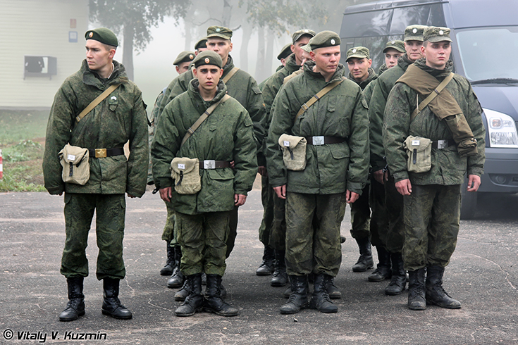 Soldiers from 2nd Guards Tamanskaya Motor Rifle Division stand in formation during the Common Wealth Warrior Competition